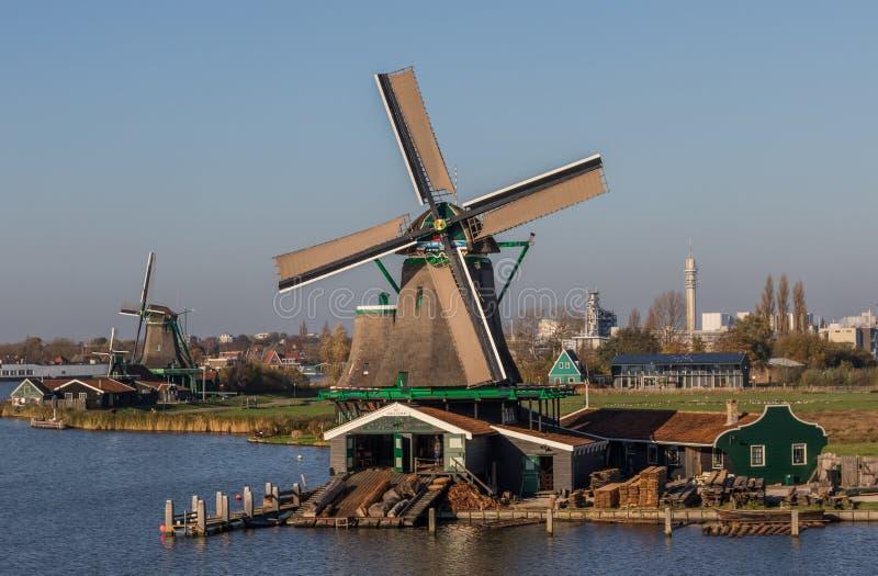 A vila maravilhosa de Zaanse Schans, Netherland imagem de stock