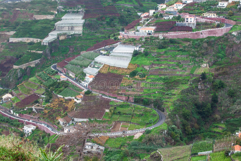 Vila na costa sul da ilha de Madeira, Câmara de Lobos - Portugal imagens de stock royalty free