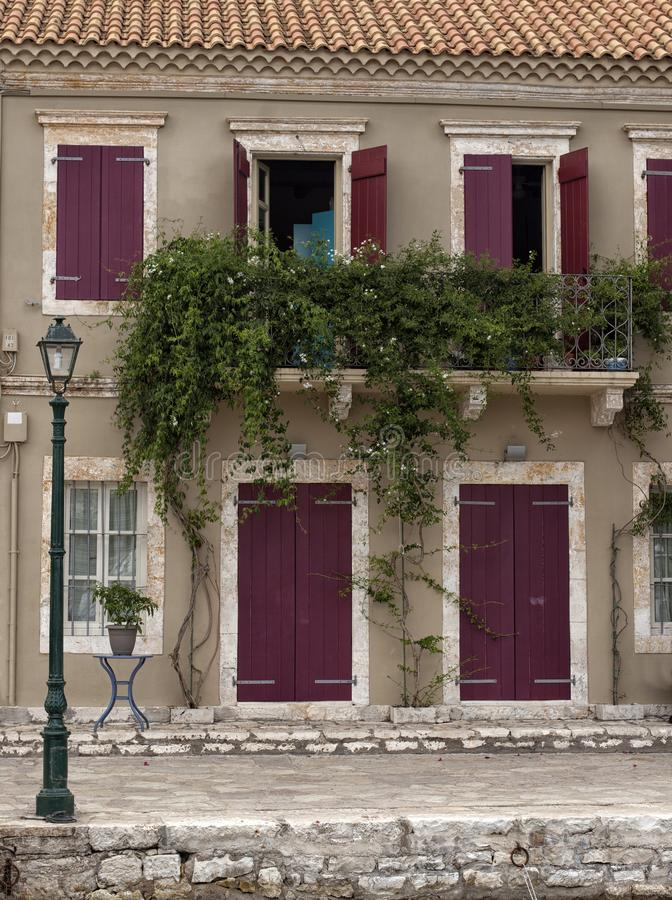 Vila na ilha de Kefalonia, Grécia imagem de stock royalty free