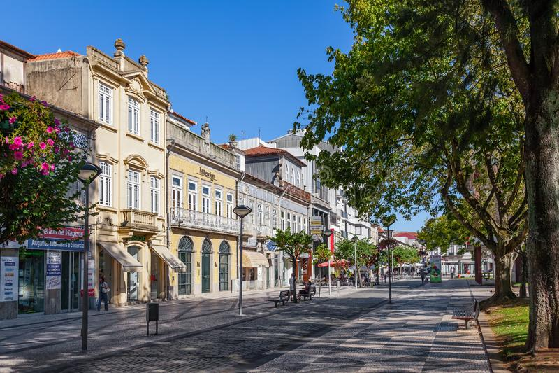 Vila Nova de Famalicao, Portugal - vieux bâtiments de Vila Nova de Famalicao photographie stock libre de droits