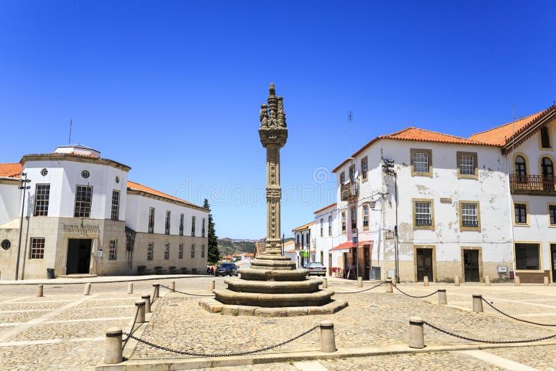 Vila Nova de Foz Coa †'Manueline pręgierz fotografia stock