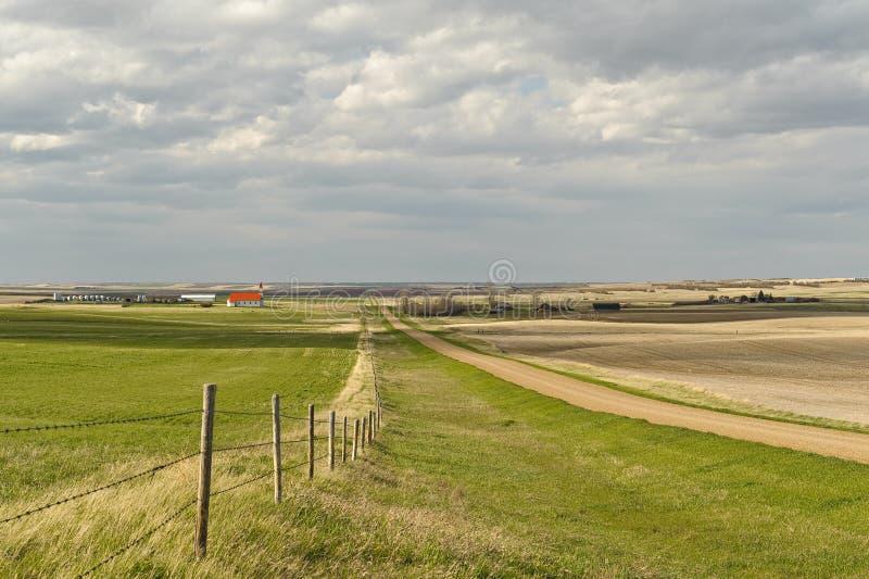 Vila pequena de pradarias canadenses imagem de stock