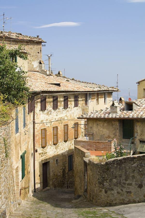 Vila típica de tuscan imagens de stock