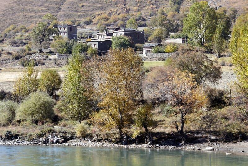 Vila tibetana fotos de stock