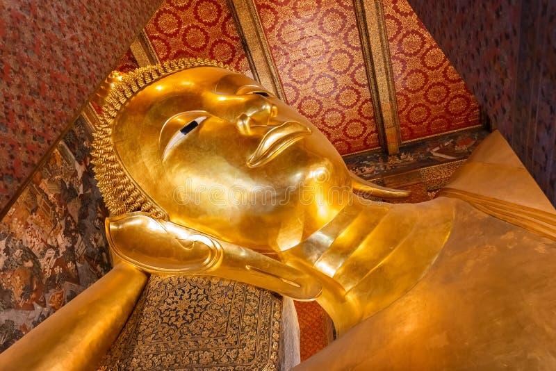 VilaBuddha på Wat Pho (den Pho templet) i Bangkok arkivbild