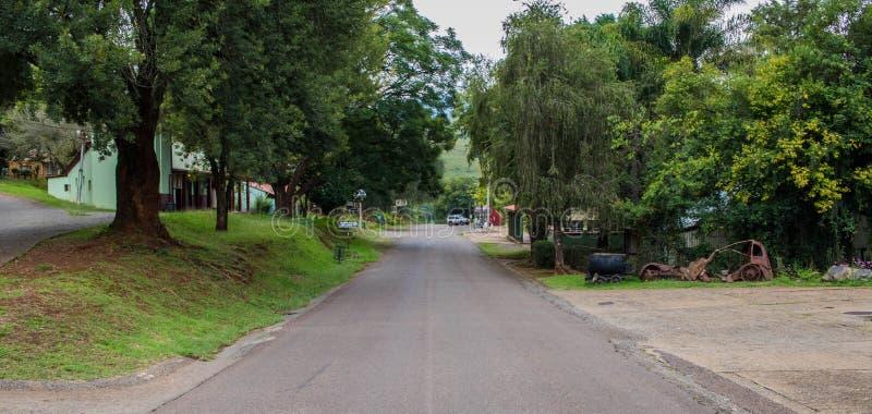 Vilar den huvudsakliga gatan för gatasikten av Pilgrim ` s i Sydafrika royaltyfri fotografi