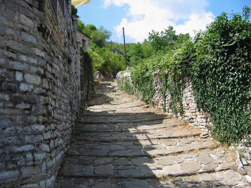 Vilas de Zagori na região Grécia de Epirus foto de stock royalty free