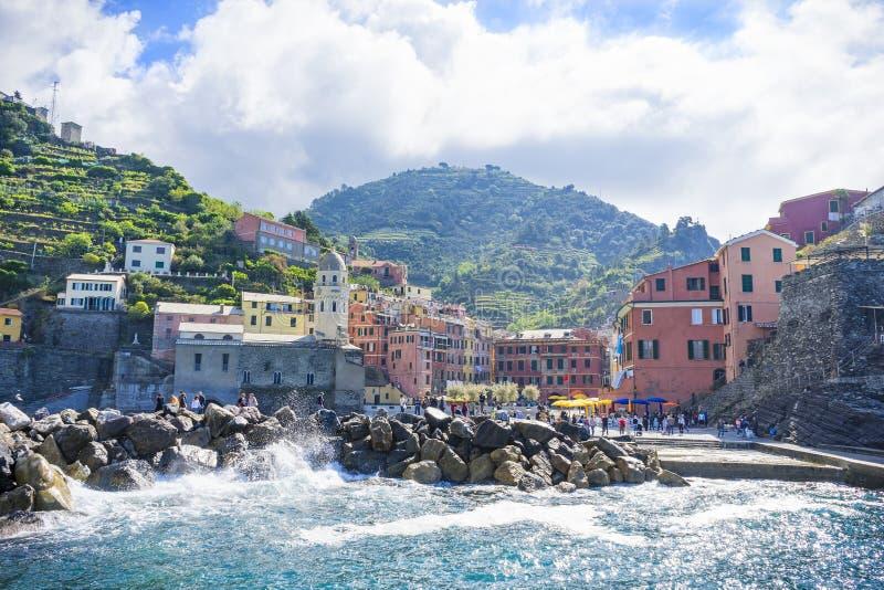 Vilas na costa da província de Spezia do La em Luguria, Itália imagem de stock royalty free
