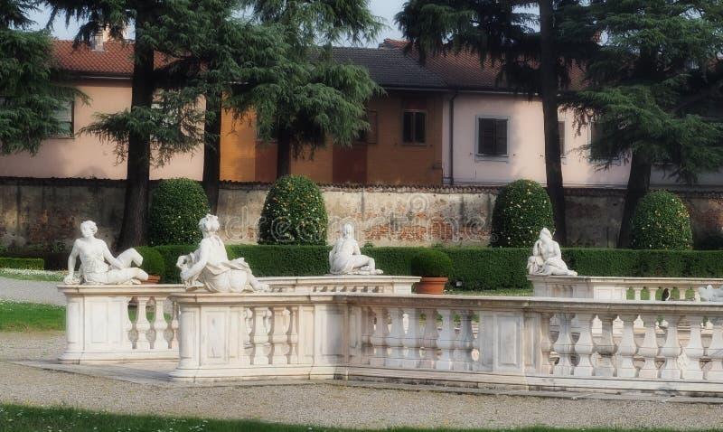 Villa Borromeo Visconti Litta royaltyfri bild
