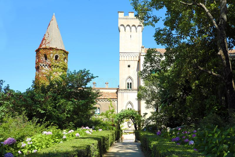 Villa Cimbrone dans le village de Ravello sur la côte d'Amalfi, Italie photo libre de droits