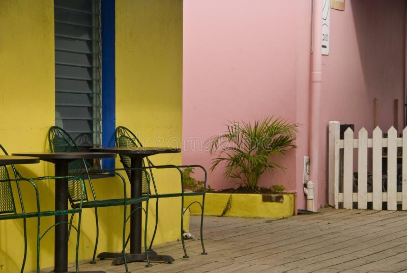 Villa colorée de vacances d'île image stock