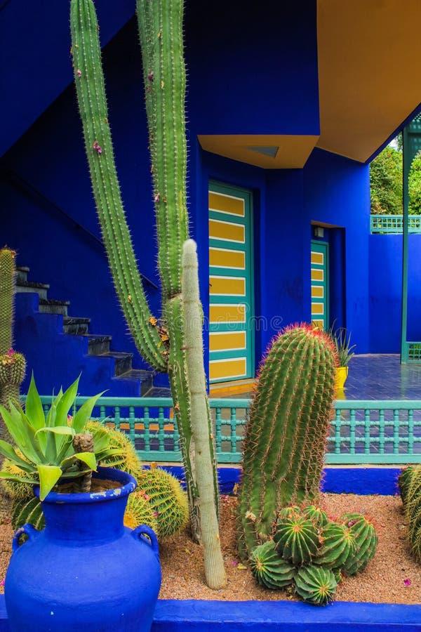 Villa Majorelle in Marrakech, Marokko Tuinterras stock fotografie
