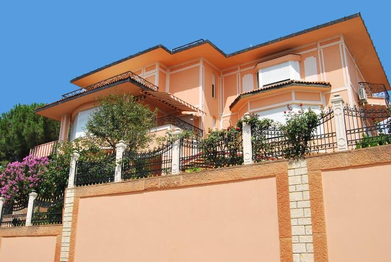 Villa moderne photos stock