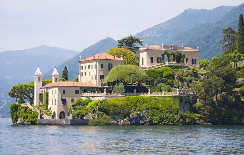 Villa op het Meer van Como royalty-vrije stock afbeeldingen