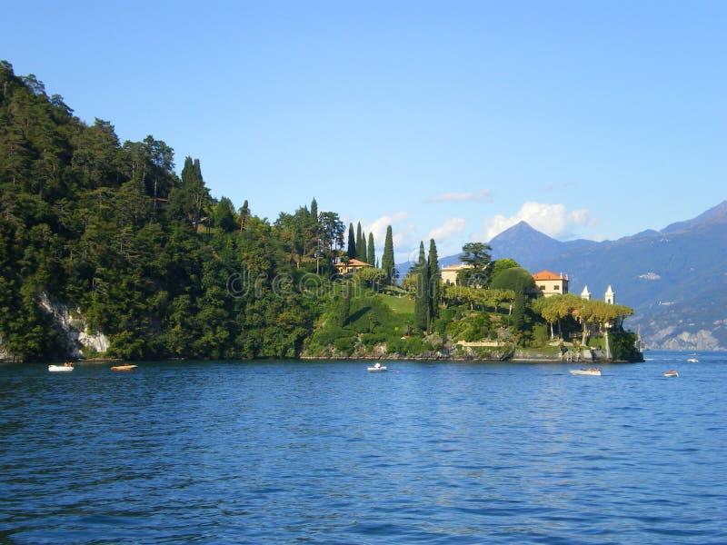 Villa op meercomo Italië stock foto