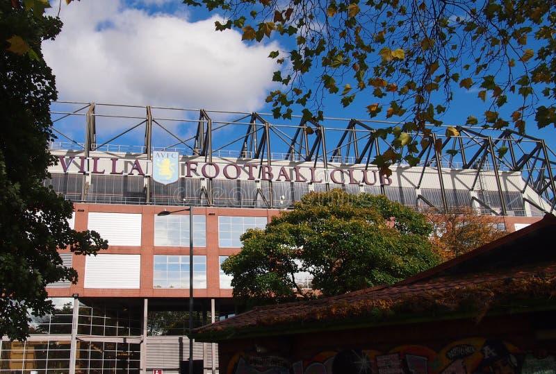 Villa Park hemmaplanen av Aston Villa i Birmingham royaltyfri bild