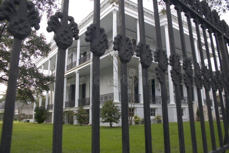 Villa U. Zaun Lizenzfreies Stockbild