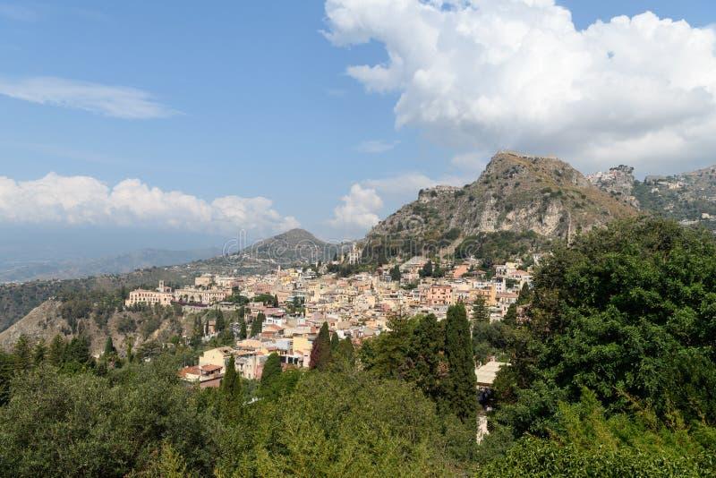 Village étrange en Sicile image libre de droits
