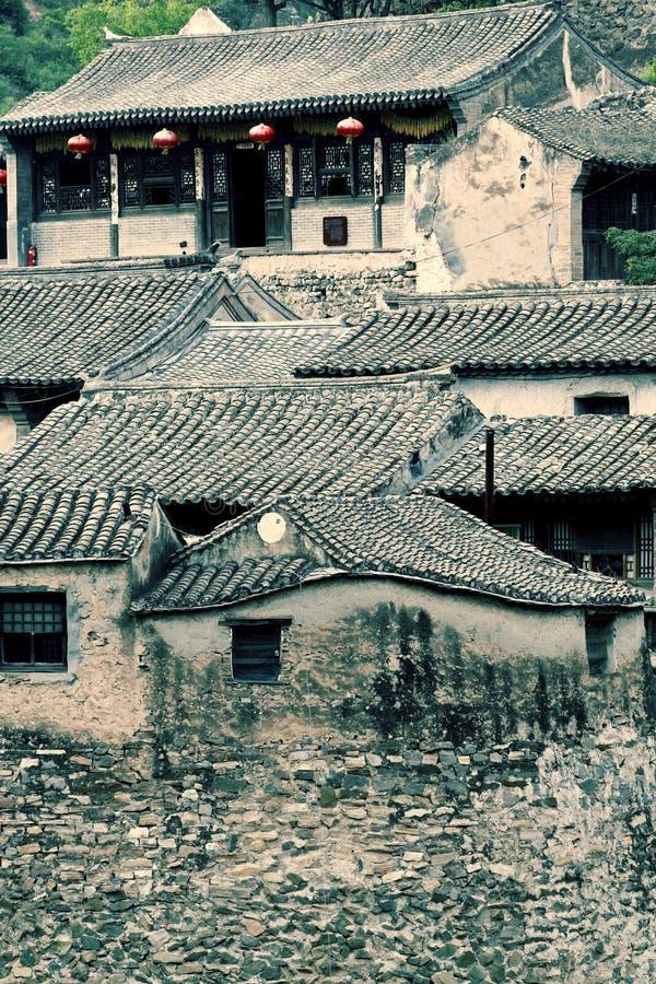 Village antique dans la montagne. image libre de droits