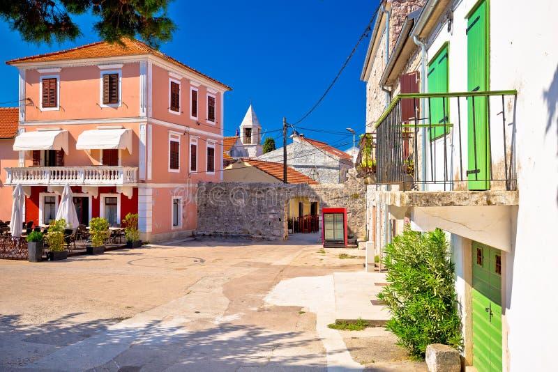 Village antique de Sukosan près de la rue et de la place vi de pierre de Zadar photographie stock libre de droits