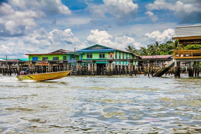 Village-Bandar Seri Begawan, Brunei de l'eau photographie stock