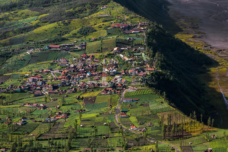 Village de Cemoro Lawang, parc national de Bromo Tengger Semeru images libres de droits