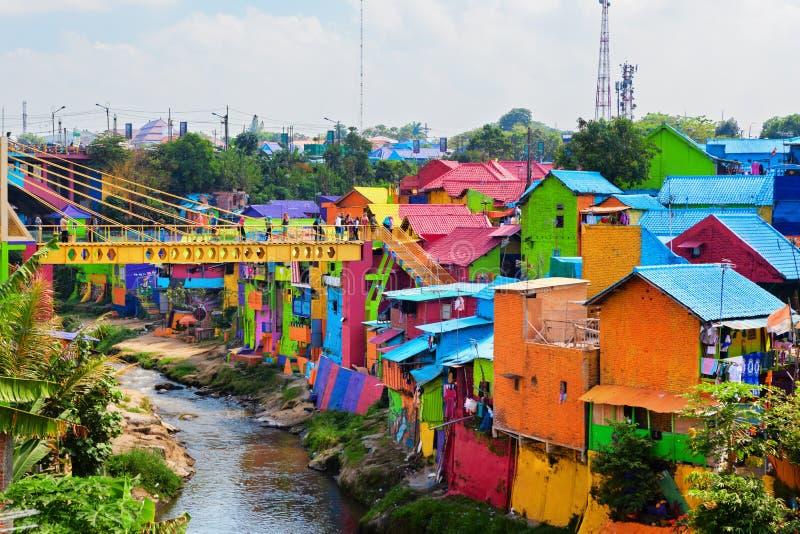 Village de Jodipan Kampung Warna Warni avec les maisons colorées peintes photos stock