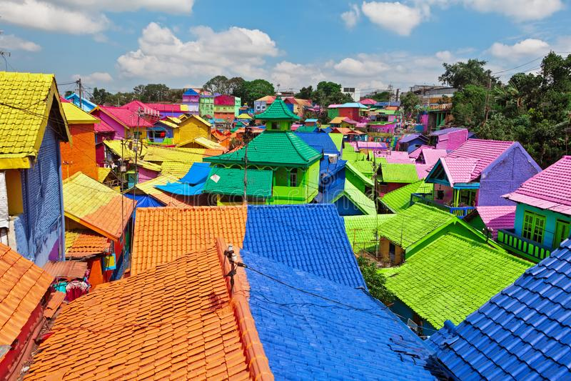 Village de Jodipan Kampung Warna Warni avec les maisons colorées peintes photographie stock