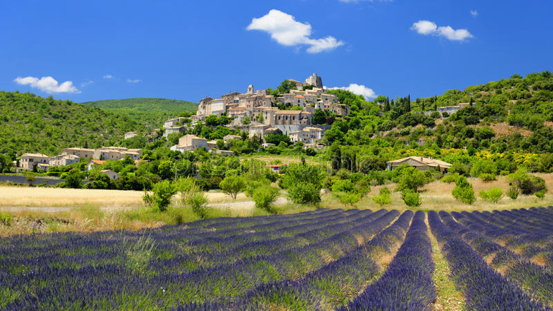 Village de Joucas en Provence photo stock