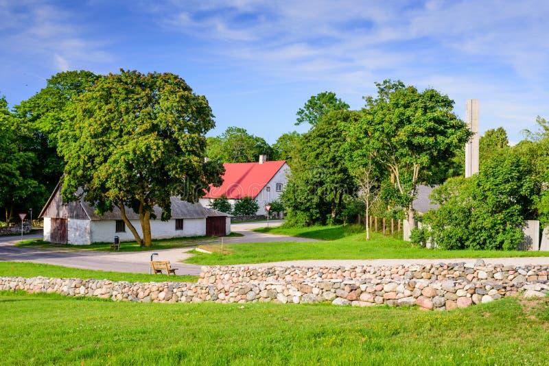 Village de Kihelkonna images stock