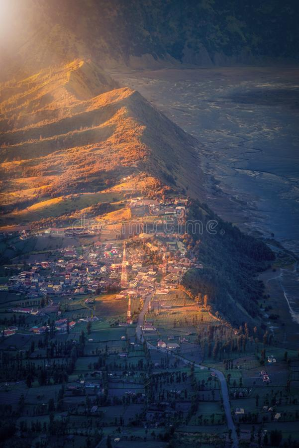 Village de lawang de Cemoro au lever de soleil dans Bromo Tengger Semeru Nationa image stock