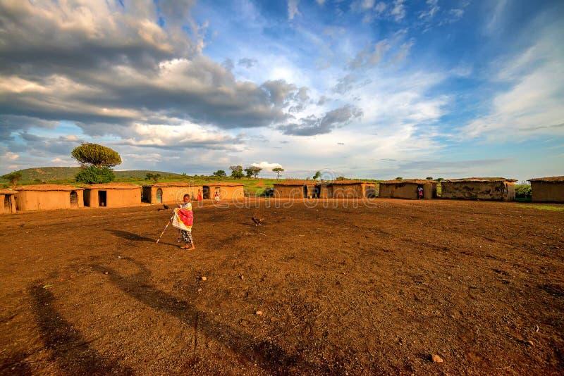 VILLAGE DE MAASAI, KENYA - 2 JANVIER 2015 : Vue de village de Maasai au Kenya photographie stock libre de droits