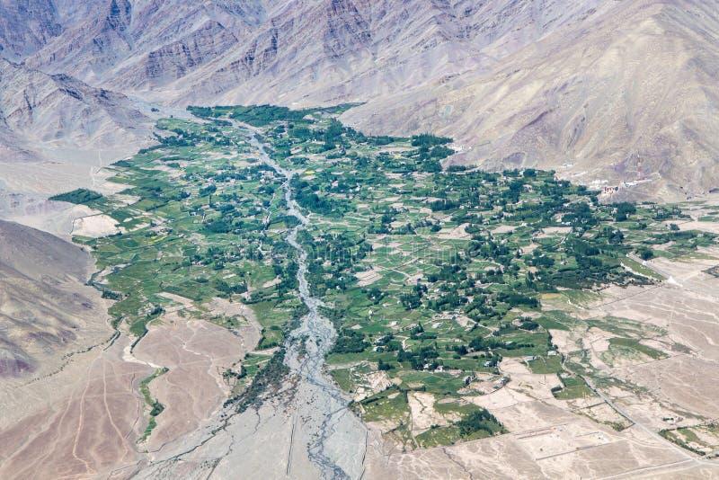 Village de montagne, Ladakh, Inde photo stock