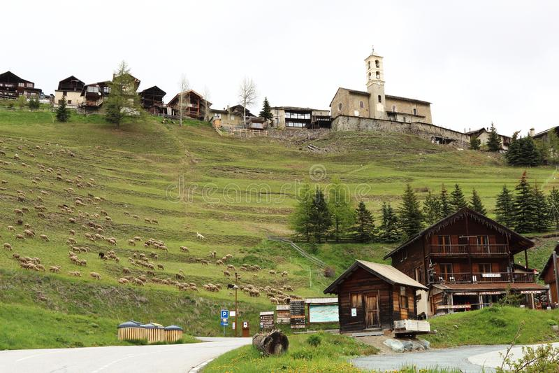 Village de montagne de saint-Véran, France image libre de droits