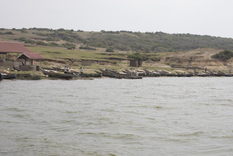 Village de pêche, la Reine Elizabeth National Park, Ouganda images stock