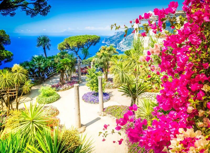 Village de Ravello, c?te d'Amalfi de l'Italie image stock