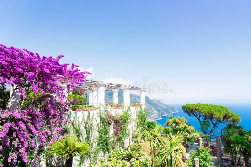 Village de Ravello, c?te d'Amalfi de l'Italie photographie stock libre de droits