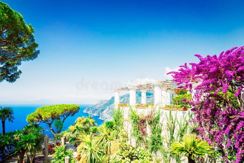 Village de Ravello, c?te d'Amalfi de l'Italie photo stock