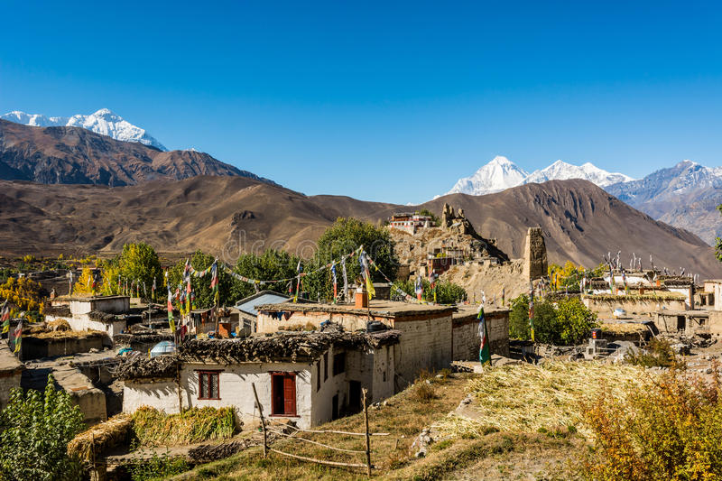 Village en pierre traditionnel de construction de Jhong image libre de droits