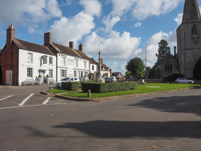 Village Green i Tanworth i Arden royaltyfri bild