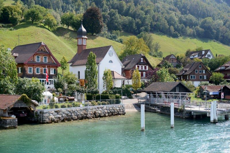 Village, lac lucern photographie stock libre de droits