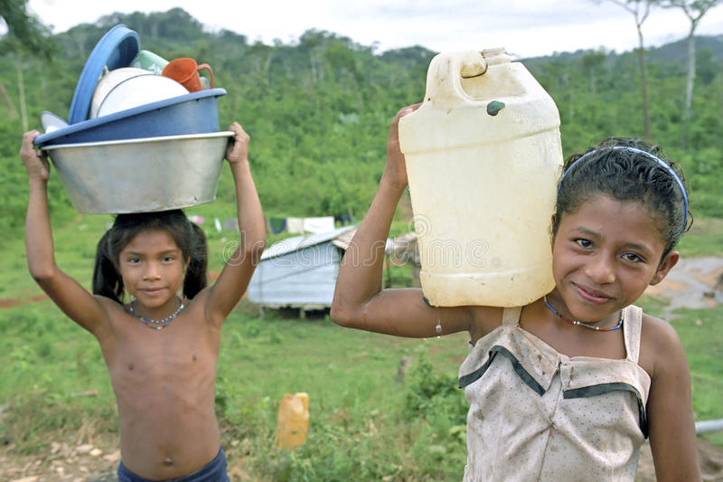 Village life of Indian girls, Coco River, Nicaragua. Nicaragua, Raiti village on the border river Coco, Rio Coco in Spanish, between Nicaragua and Honduras the stock photography