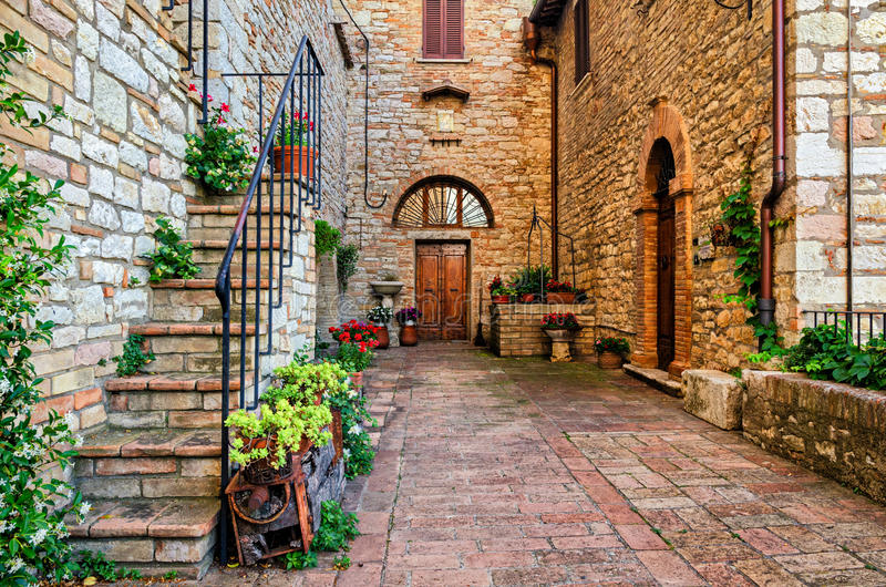 Village pittoresque de Corciano en Umbria Italy image stock