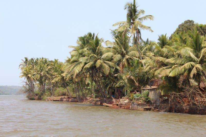 Village près de The Creek image libre de droits
