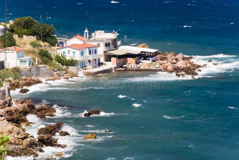 Village sur une plage photos stock