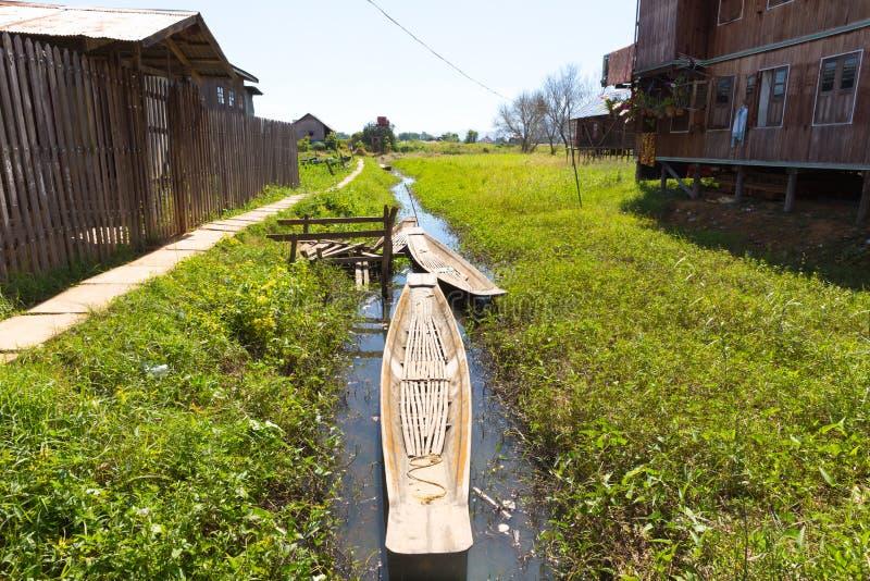 Villaggi di galleggiamento del lago Inle, Myanmar immagini stock