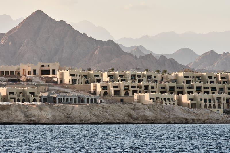 Villaggi sulla costa a sceicco di Al di Sharm fotografia stock