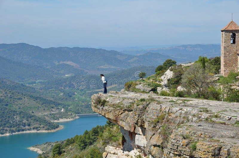 Villaggio antico Siurana sulla cima della montagna fotografia stock libera da diritti