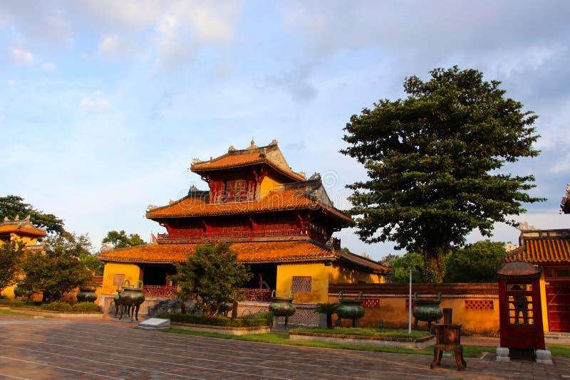 Villaggio degli imperatori, casa della conduttura di tonalità fotografia stock libera da diritti