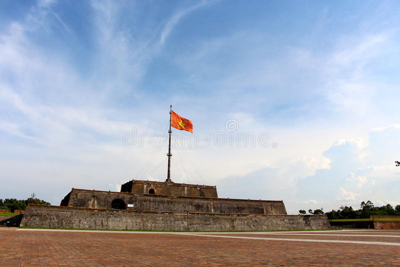 Villaggio degli imperatori, entrata anteriore di tonalità fotografia stock libera da diritti